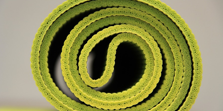 Review of 10 Worst Yoga Mats to Avoid